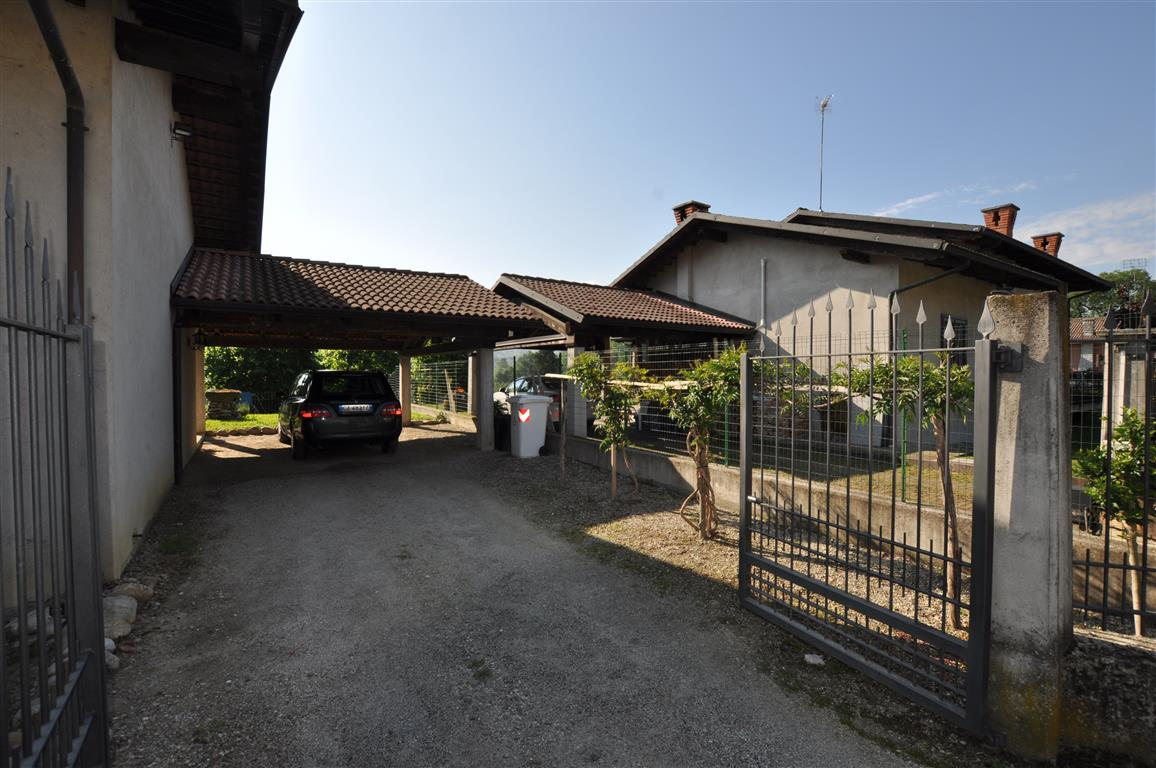 Villa in Vendita nelle Langhe